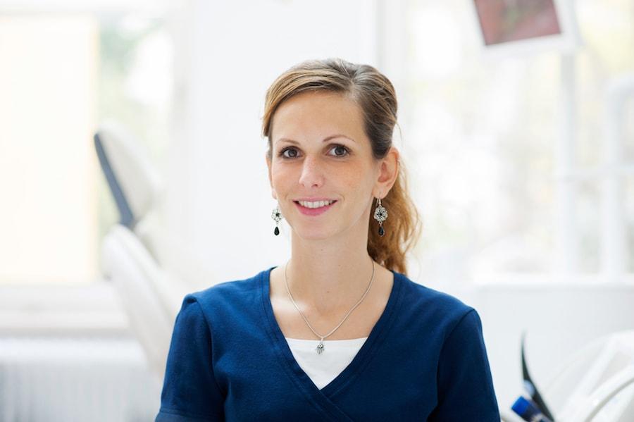 Dr. Henriette Frank